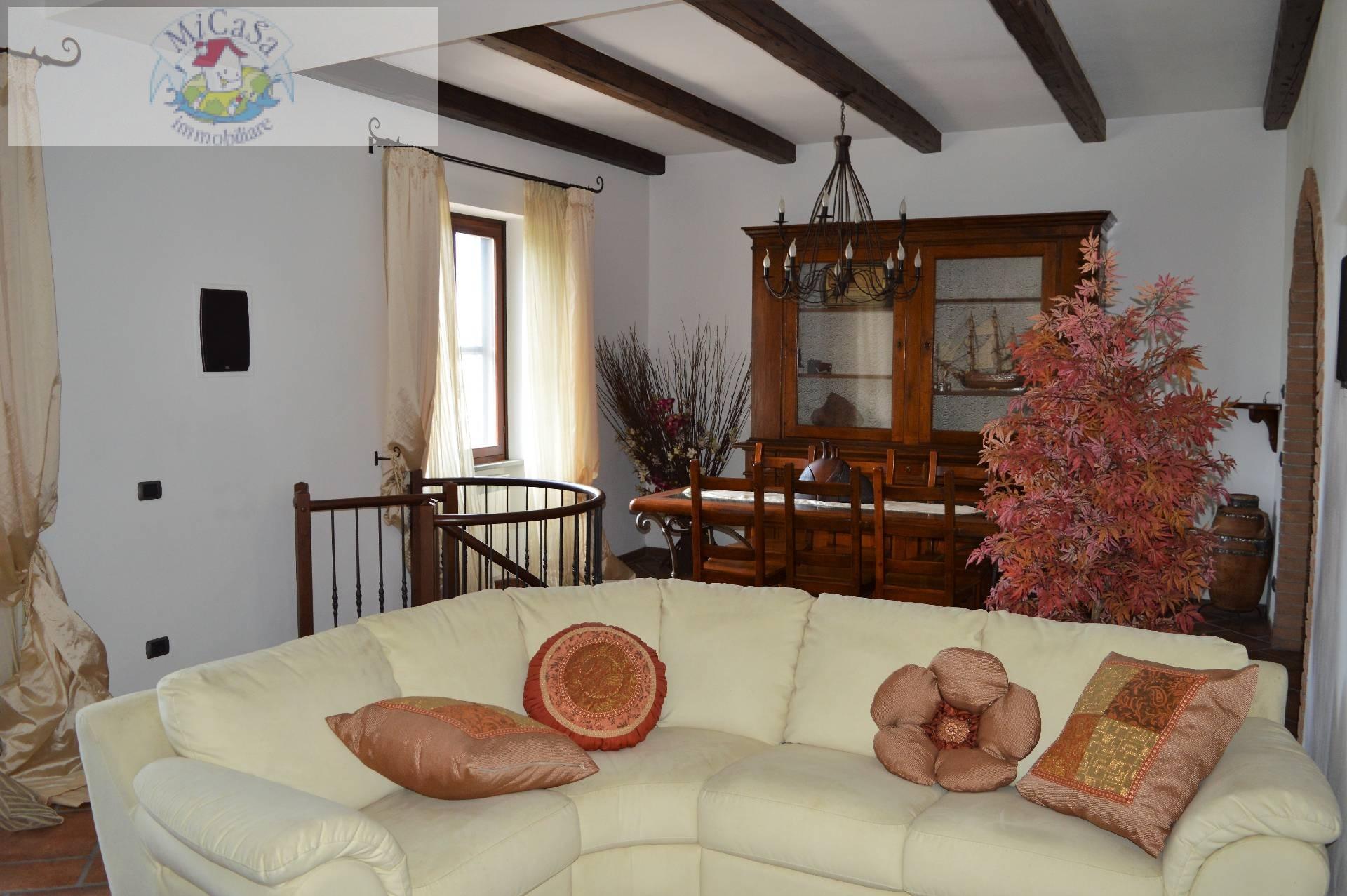 Villa in affitto a Collesalvetti, 5 locali, Trattative riservate | CambioCasa.it
