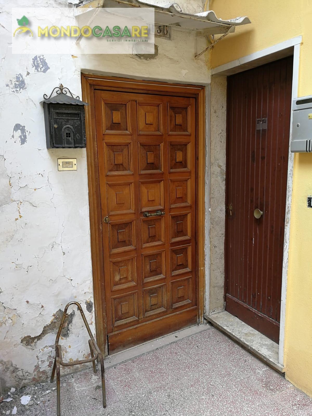 Appartamento in vendita a Palombara Sabina, 2 locali, prezzo € 27.000 | CambioCasa.it