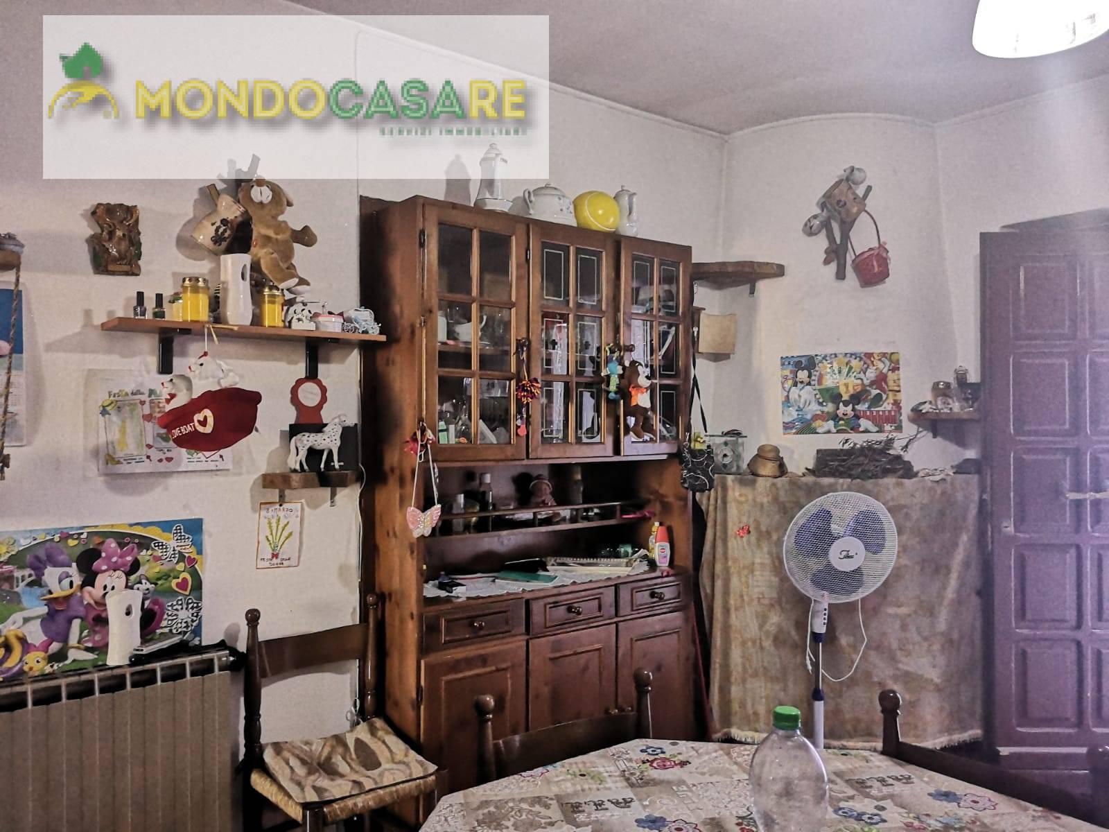 Appartamento in vendita a Palombara Sabina, 3 locali, zona Località: ZonaAPalombaraSabina, prezzo € 50.000 | CambioCasa.it