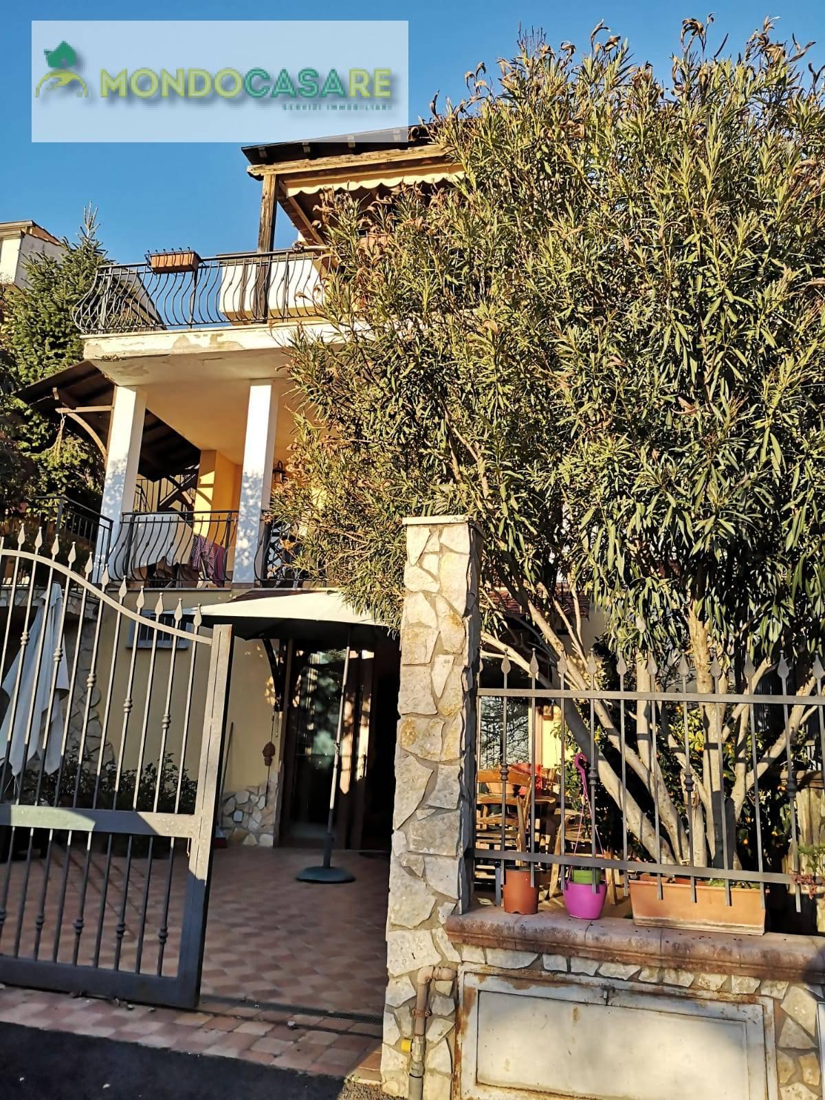Villa in vendita a Marcellina, 6 locali, prezzo € 219.000 | CambioCasa.it