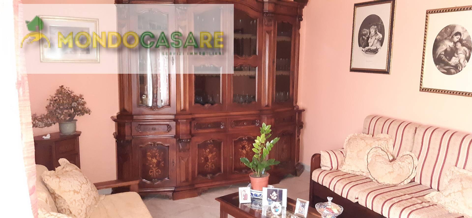 Villa in vendita a Palombara Sabina, 4 locali, zona Località: ZonaBPalombaraSabina, prezzo € 89.000 | CambioCasa.it