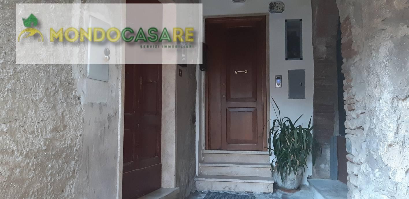 Appartamento in vendita a Palombara Sabina, 3 locali, zona Località: ZonaAPalombaraSabina, prezzo € 42.000 | CambioCasa.it