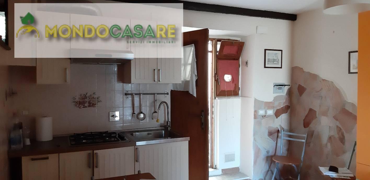 Appartamento in vendita a Moricone, 2 locali, prezzo € 25.000 | CambioCasa.it