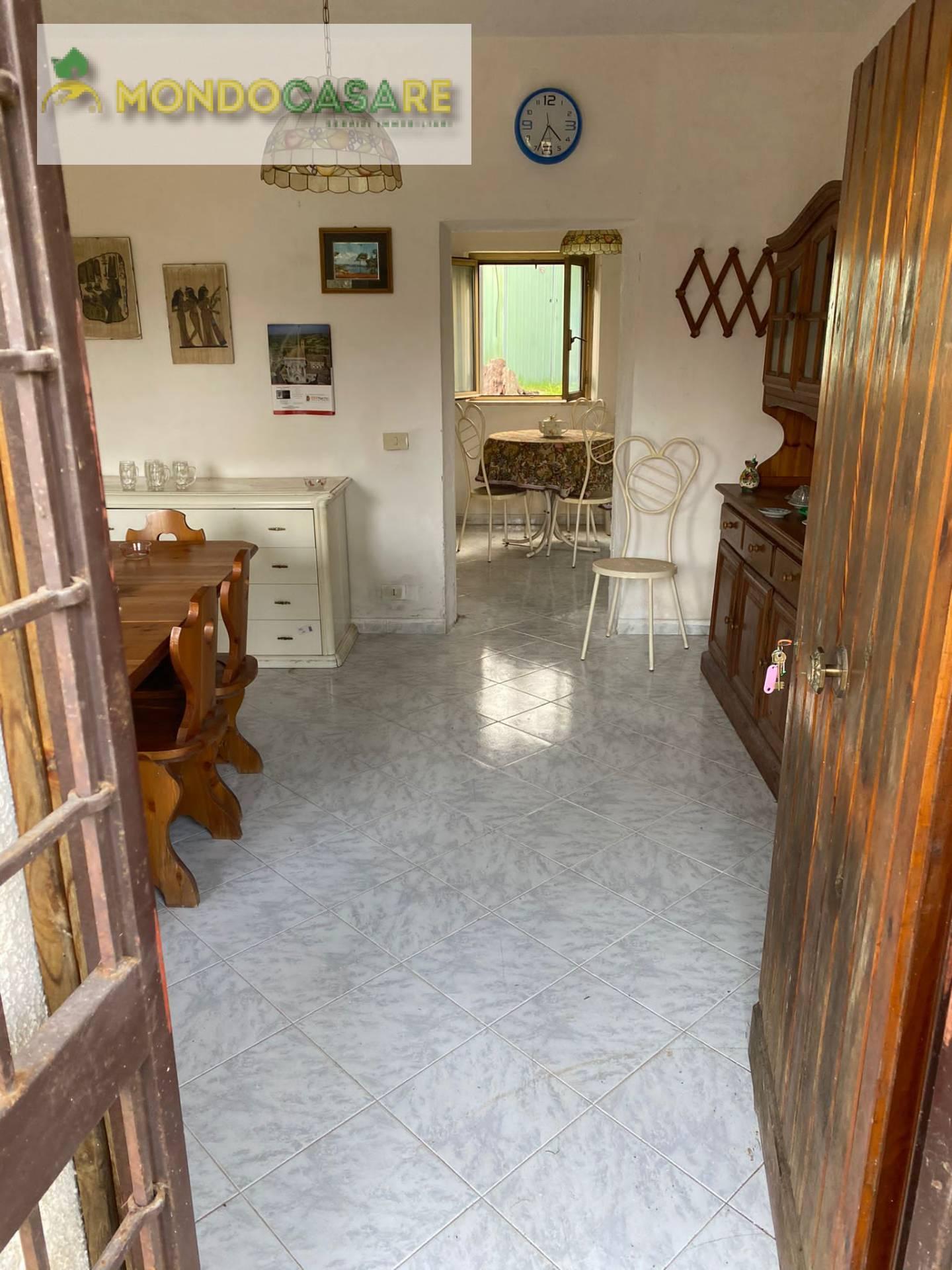 Soluzione Indipendente in vendita a Palombara Sabina, 2 locali, zona Località: ZonaBPalombaraSabina, prezzo € 59.000 | CambioCasa.it