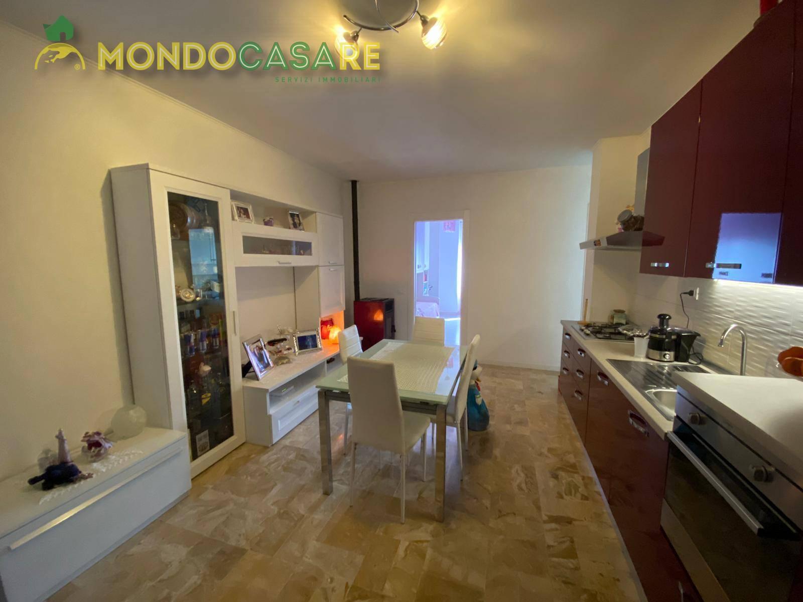 Appartamento in vendita a Capena, 3 locali, prezzo € 57.000 | CambioCasa.it