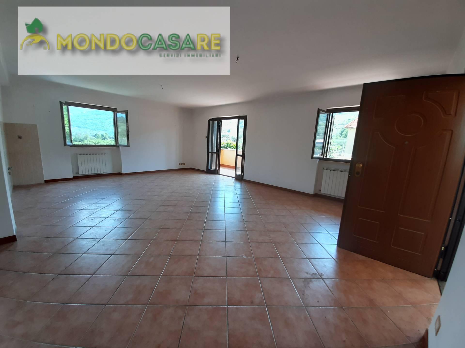 Appartamento in vendita a Marcellina, 4 locali, zona Località: ScaloFerrroviario, prezzo € 109.000 | CambioCasa.it