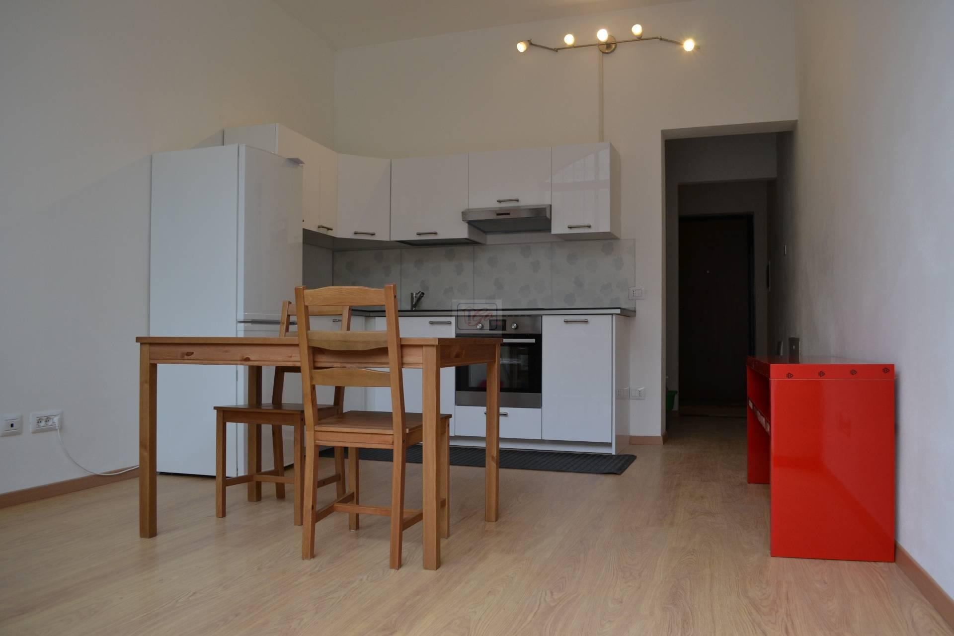 Appartamento in vendita a Grezzago, 3 locali, prezzo € 120.000   CambioCasa.it