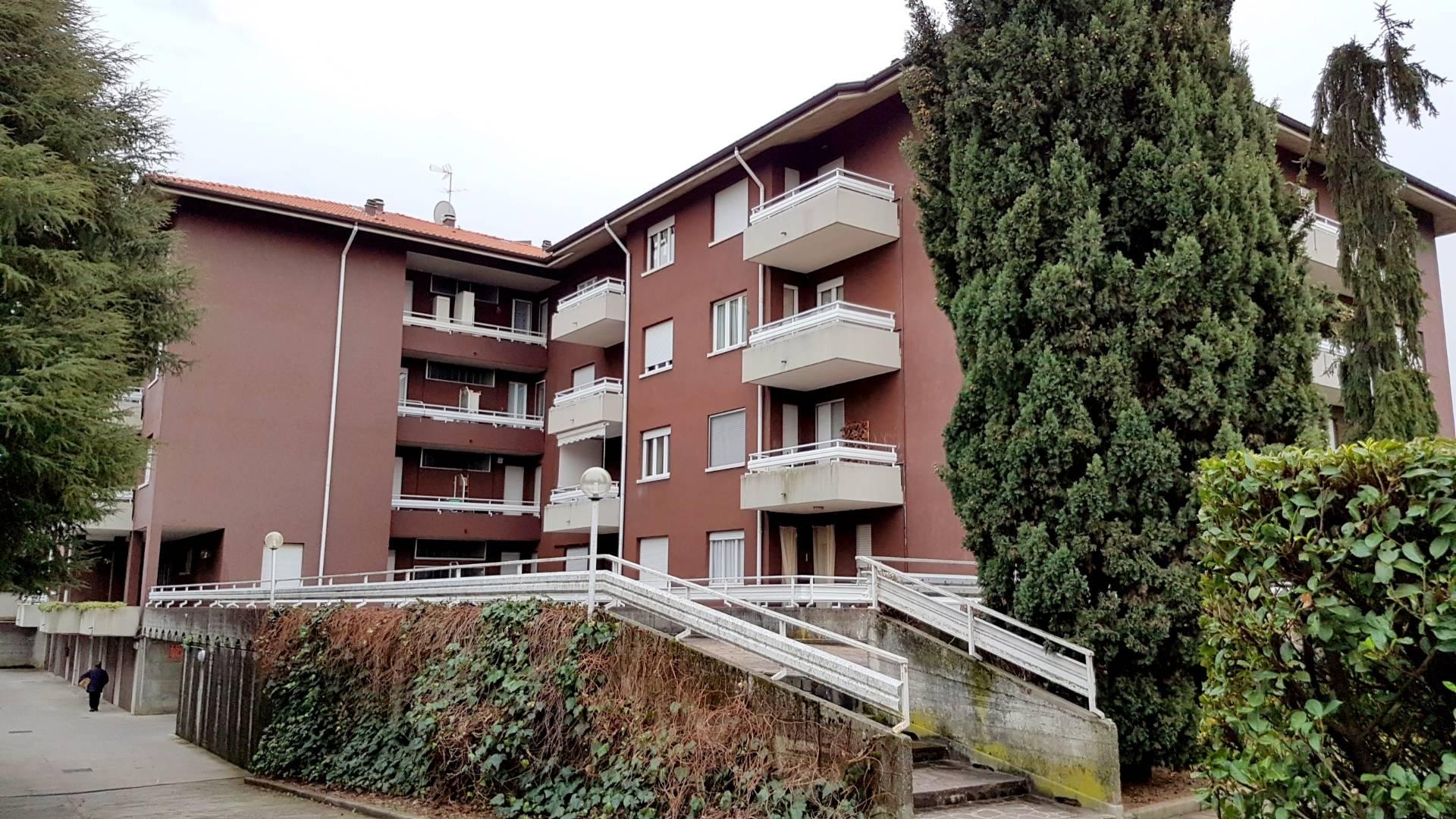 Appartamento in vendita a Cornate d'Adda, 2 locali, prezzo € 45.000 | CambioCasa.it