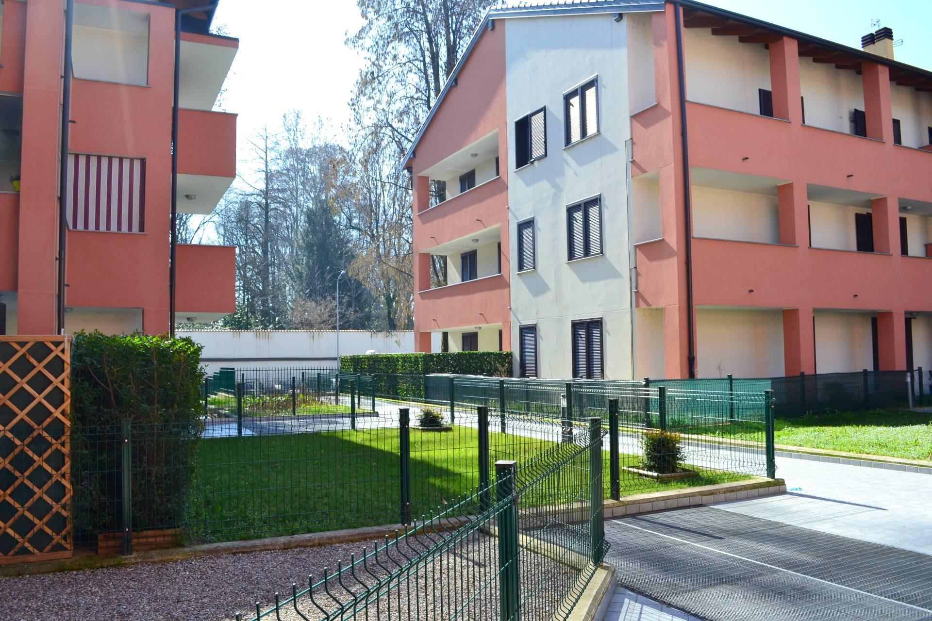 Appartamento in vendita a Casirate d'Adda, 3 locali, prezzo € 129.000 | PortaleAgenzieImmobiliari.it