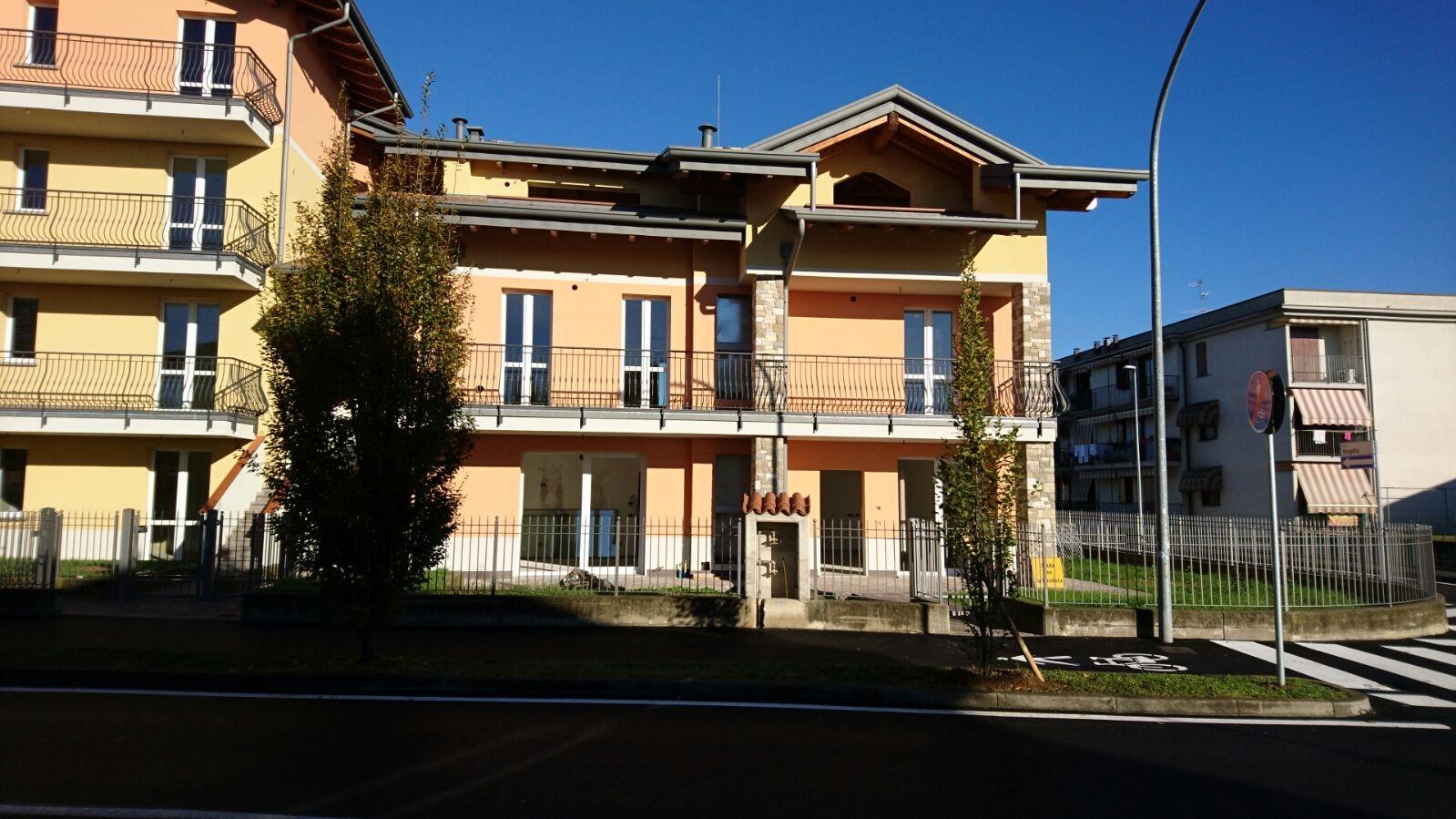 Appartamento in vendita a Ciserano, 3 locali, prezzo € 160.000 | CambioCasa.it