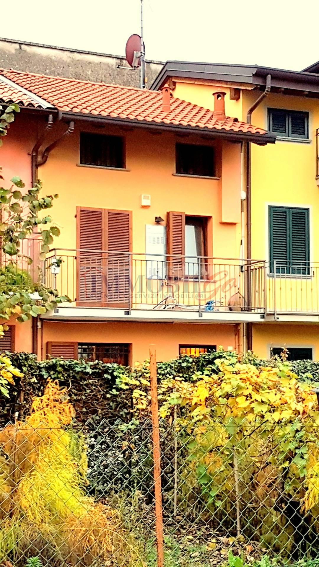 vendita appartamento vaprio d'adda   130000 euro  3 locali  90 mq