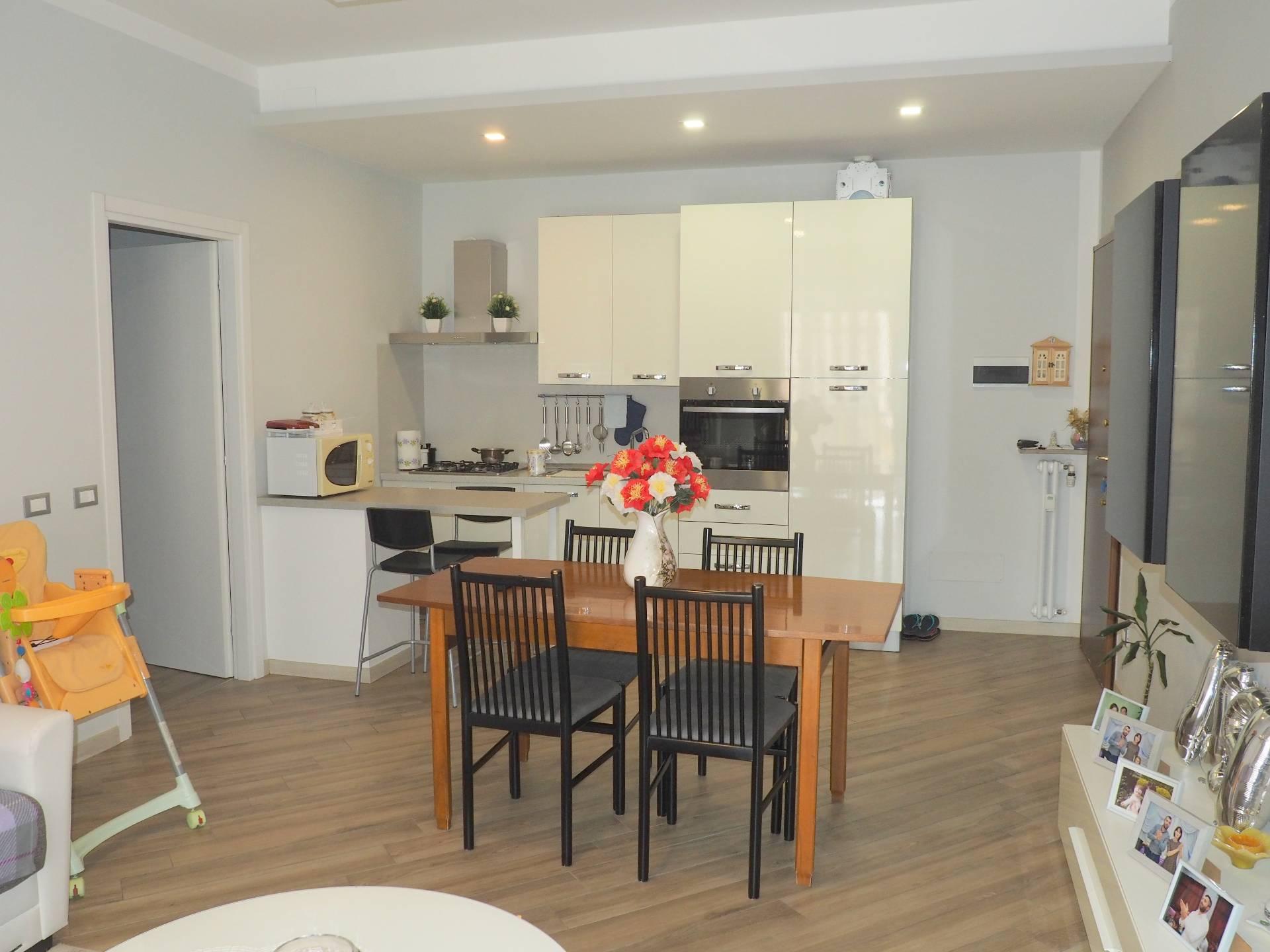 Appartamento in vendita a Capriate San Gervasio, 3 locali, prezzo € 69.000 | CambioCasa.it