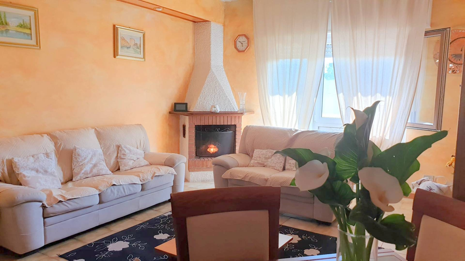 Appartamento in vendita a Mezzago, 3 locali, prezzo € 105.000 | CambioCasa.it
