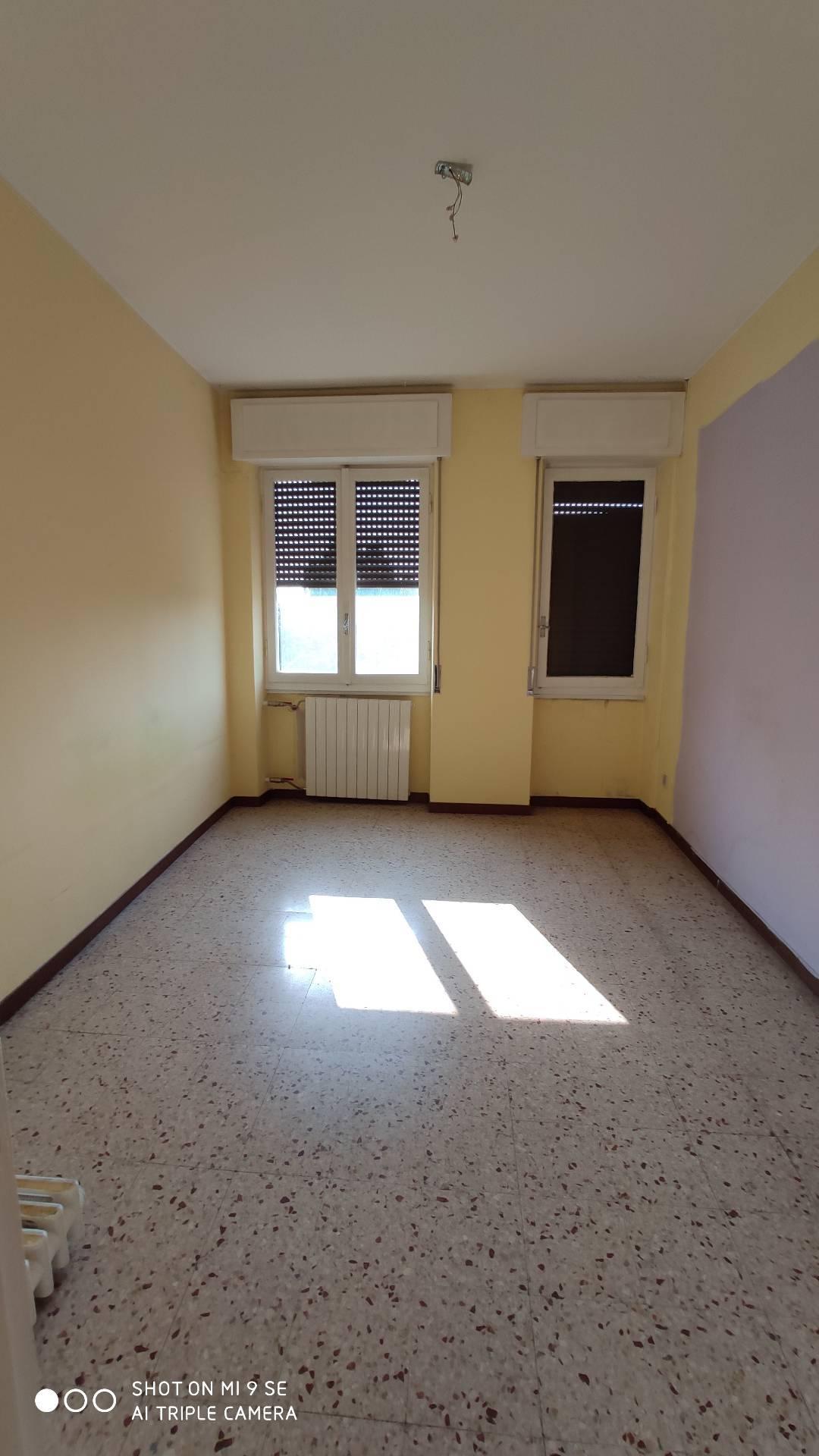 Appartamento in vendita a Cassano d'Adda, 3 locali, prezzo € 75.000 | PortaleAgenzieImmobiliari.it