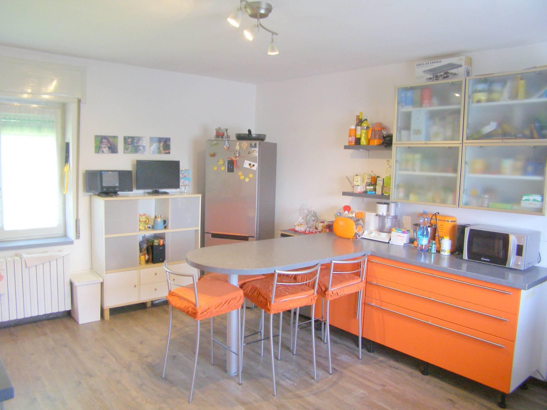 Appartamento in vendita a Rivolta d'Adda, 3 locali, prezzo € 140.000 | PortaleAgenzieImmobiliari.it