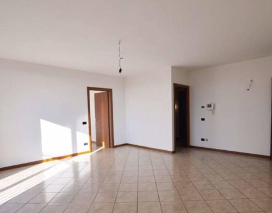 Appartamento in vendita a Madone, 3 locali, prezzo € 134.000 | CambioCasa.it