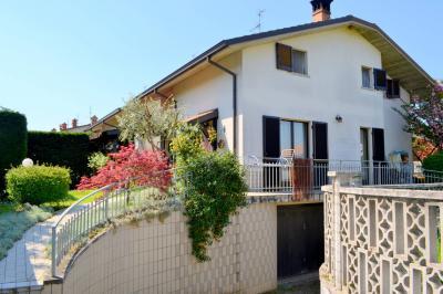 Villa Singola in Vendita a Pozzo d'Adda