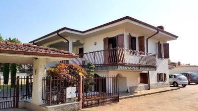 Villa Singola in Vendita a Suisio