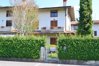 Villa Bifamiliare in Vendita a Brembate