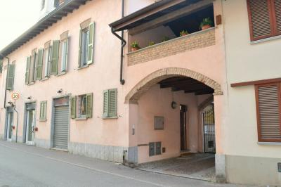 Stabile / Palazzo in Vendita a Grezzago