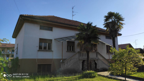 Villa Bifamiliare in Vendita a Cornate d'Adda