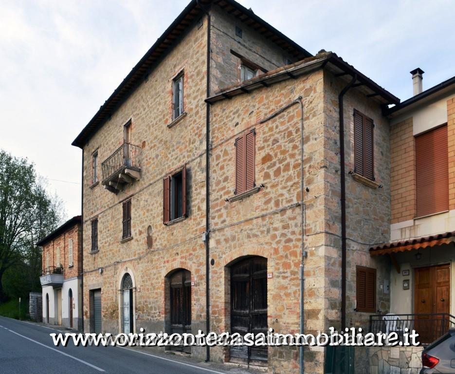 Appartamento in vendita a Venarotta, 7 locali, prezzo € 89.000 | CambioCasa.it