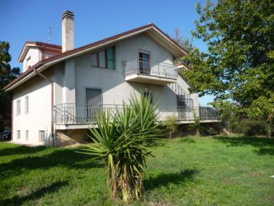 Villa in Vendita a Spinetoli