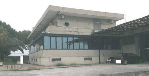 Capannone Industriale/Artigianale in Vendita a Massignano