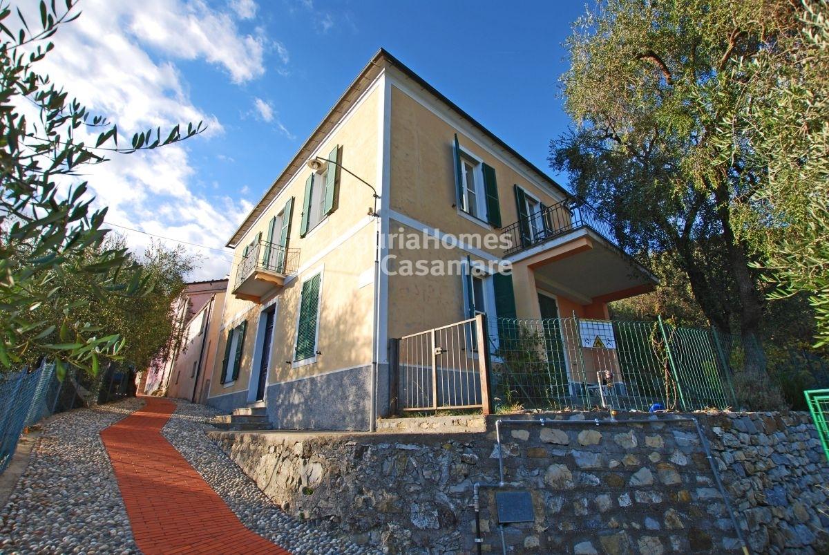 Villa in vendita a Villa Faraldi, 8 locali, prezzo € 240.000 | CambioCasa.it