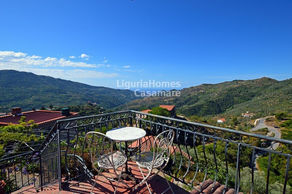 Villa in vendita a Perinaldo, 5 locali, prezzo € 290.000 | CambioCasa.it