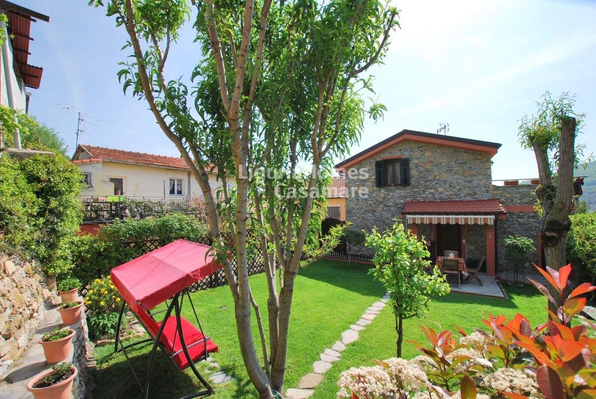 Villa in vendita a Pontedassio, 5 locali, prezzo € 215.000 | CambioCasa.it