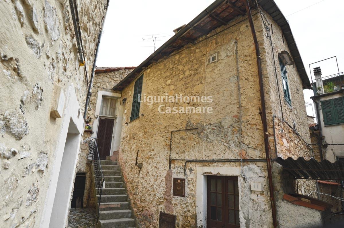 Appartamento in vendita a Vallebona, 3 locali, prezzo € 55.000 | CambioCasa.it