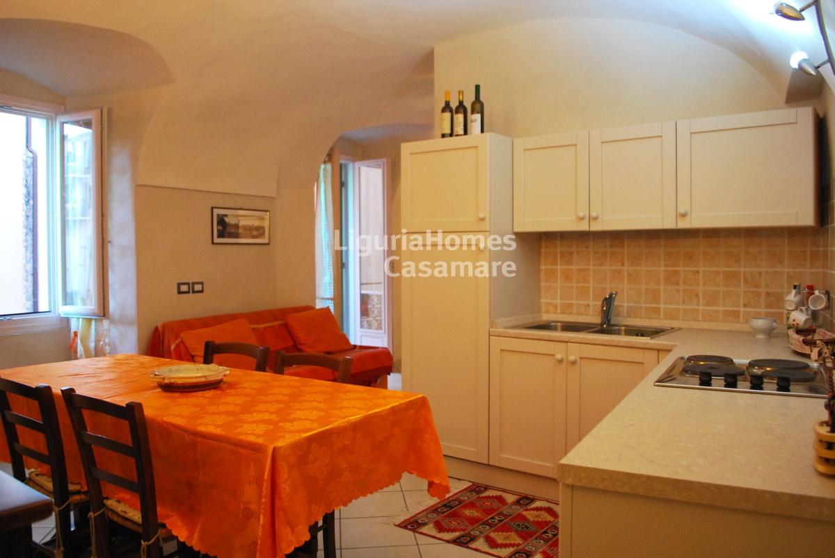 Appartamento in vendita a Vallebona, 4 locali, prezzo € 110.000 | CambioCasa.it