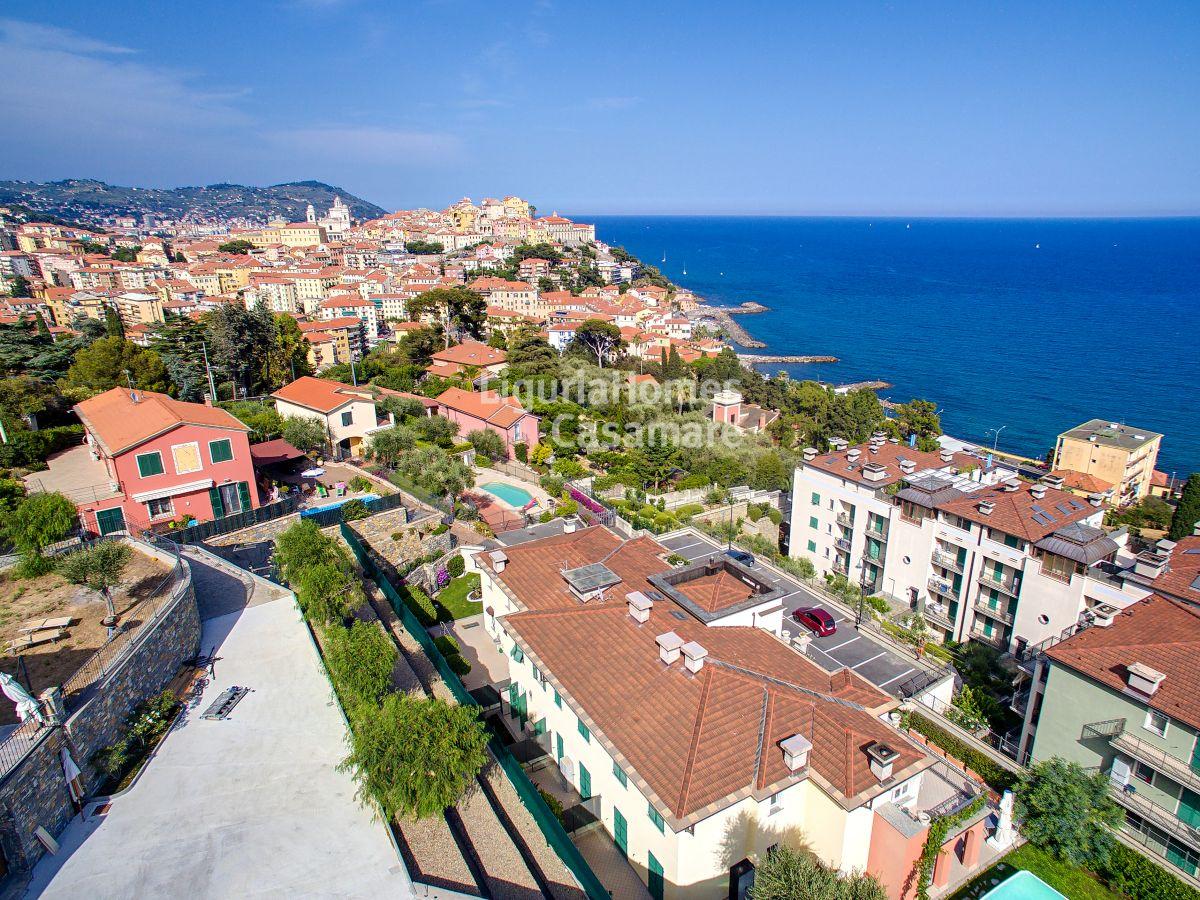 Appartamento in vendita a Imperia, 3 locali, prezzo € 320.000 | CambioCasa.it