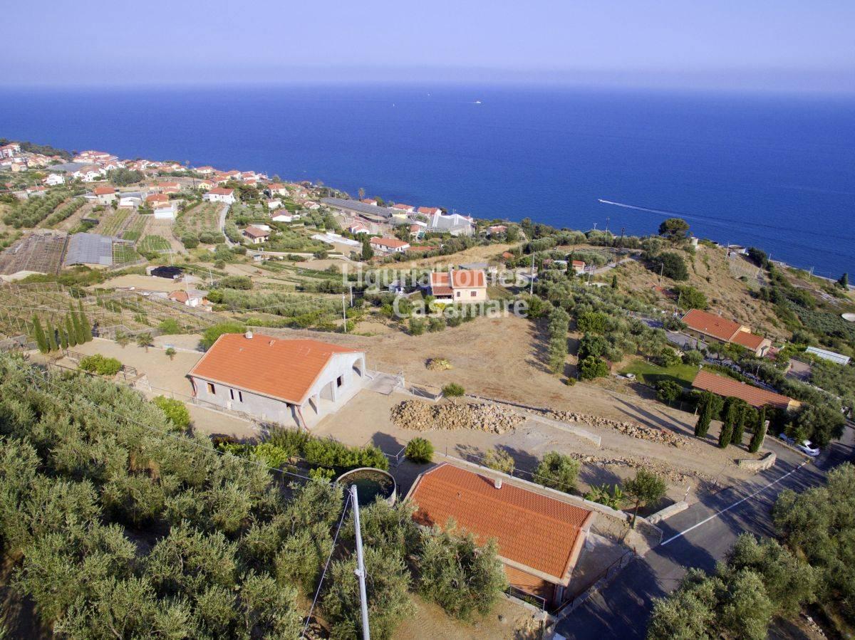 Villa in vendita a Cipressa, 10 locali, prezzo € 995.000 | CambioCasa.it