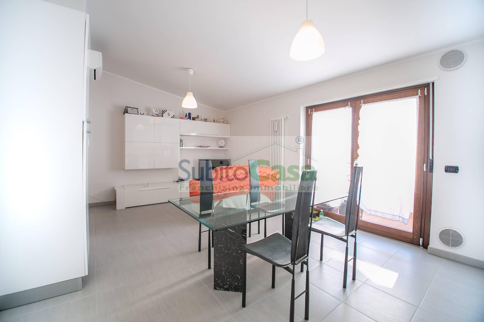 Appartamento in vendita a San Giovanni Teatino, 3 locali, zona Località: SambucetoCentro, prezzo € 105.000 | PortaleAgenzieImmobiliari.it