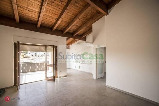 Appartamento in vendita a Chieti, 6 locali, zona Località: ChietiZonaLevante, prezzo € 155.000 | PortaleAgenzieImmobiliari.it
