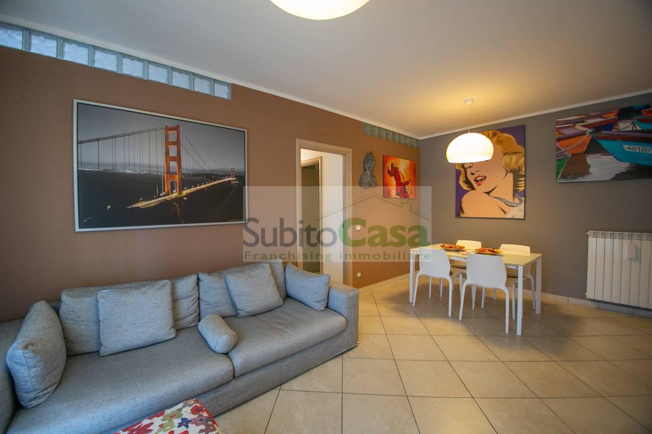Appartamento in vendita a San Giovanni Teatino, 6 locali, zona Località: Sambuceto, prezzo € 160.000 | PortaleAgenzieImmobiliari.it