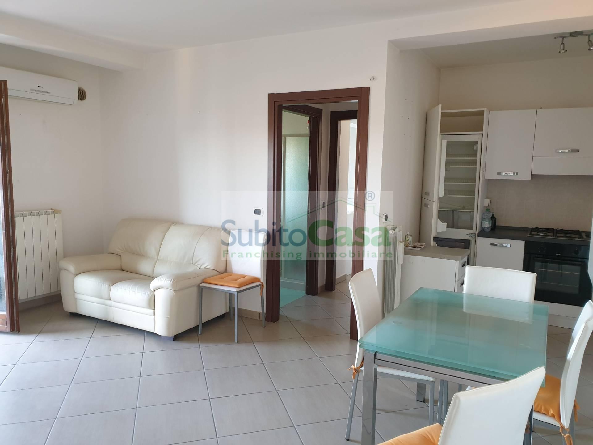 Appartamento in vendita a San Giovanni Teatino, 3 locali, zona Località: SambucetoCentro, prezzo € 95.000   PortaleAgenzieImmobiliari.it