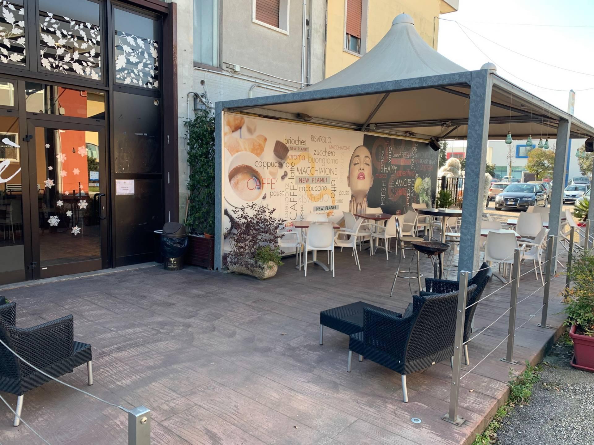 Bar in vendita a San Giovanni Lupatoto, 9999 locali, prezzo € 55.000   PortaleAgenzieImmobiliari.it