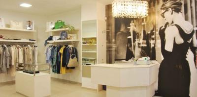 Locale commerciale in Vendita a Bardolino