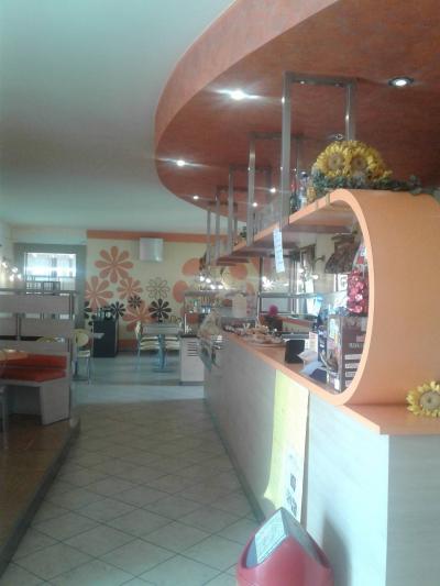 Bar con cucina in Affitto a Isola della Scala