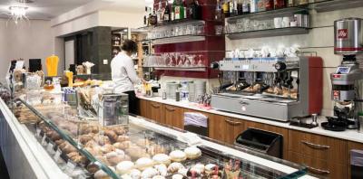 Laboratorio pasticceria/Gastronomia in Vendita a Verona