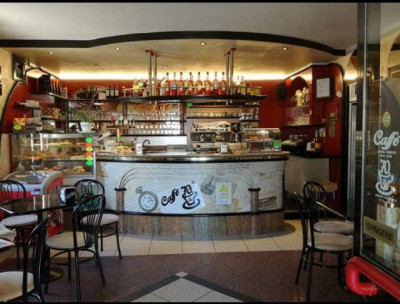 Bar in Vendita a Castel d'Azzano