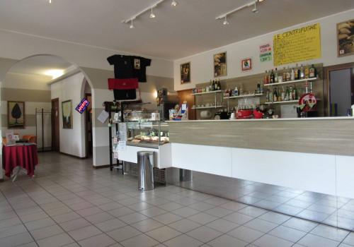 Bar/Cucina/Slot in Vendita a Peschiera del Garda