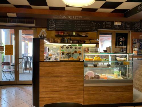Bar/Pub con cucina in Affitto/Vendita a Bergantino
