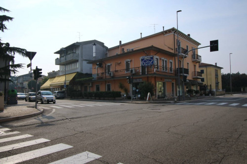Pizzeria/Ristorante in Vendita a Villafranca di Verona