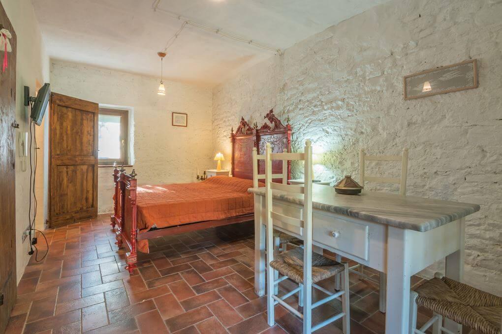 Casale a Cupramontana (Ancona)