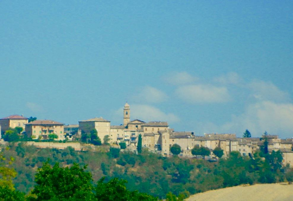 Casale a Monteleone di Fermo (Fermo)