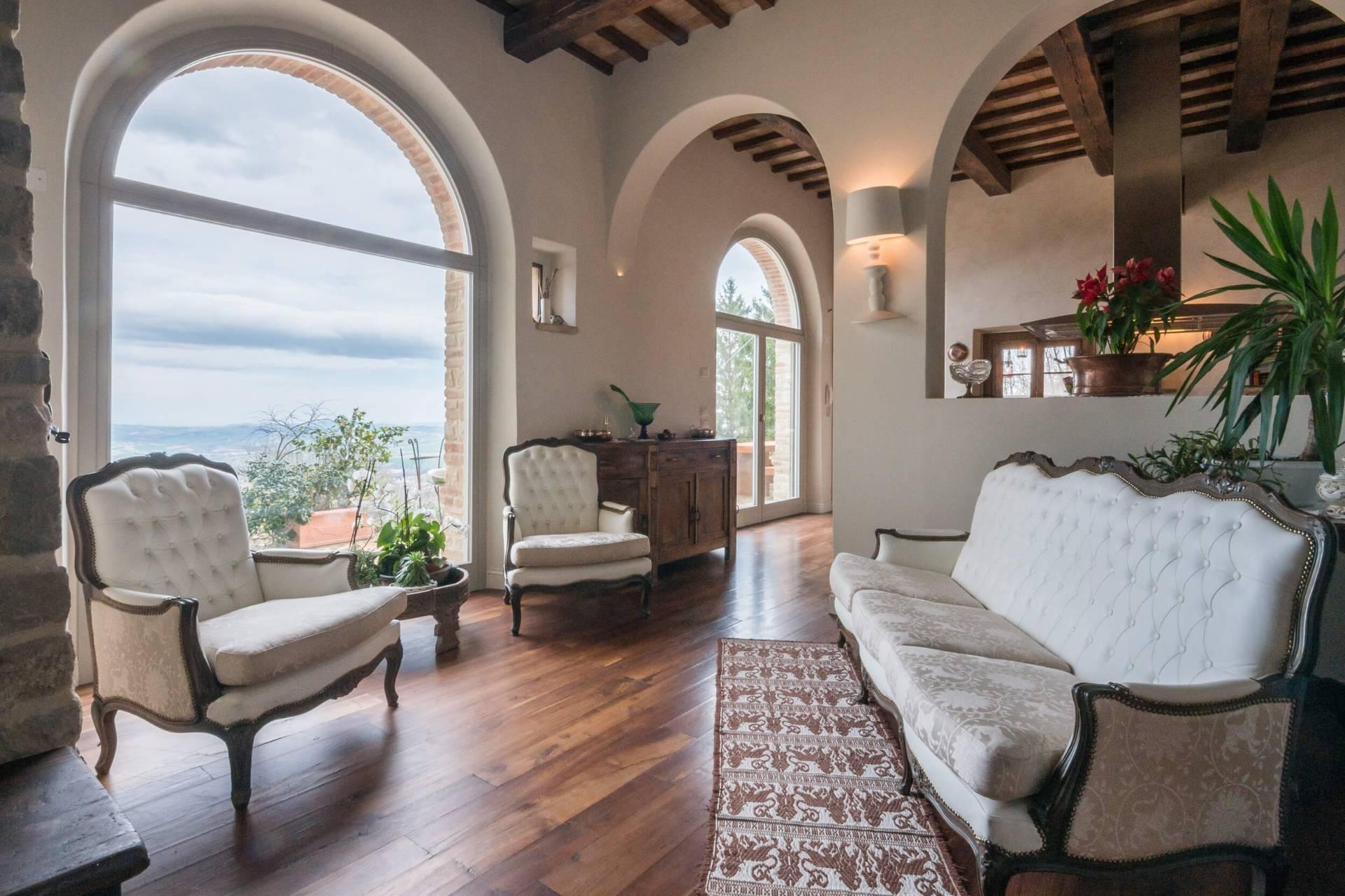 Villa a Cingoli (Macerata)